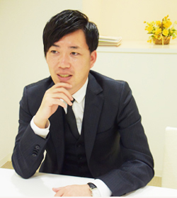 代表取締役椿本健太